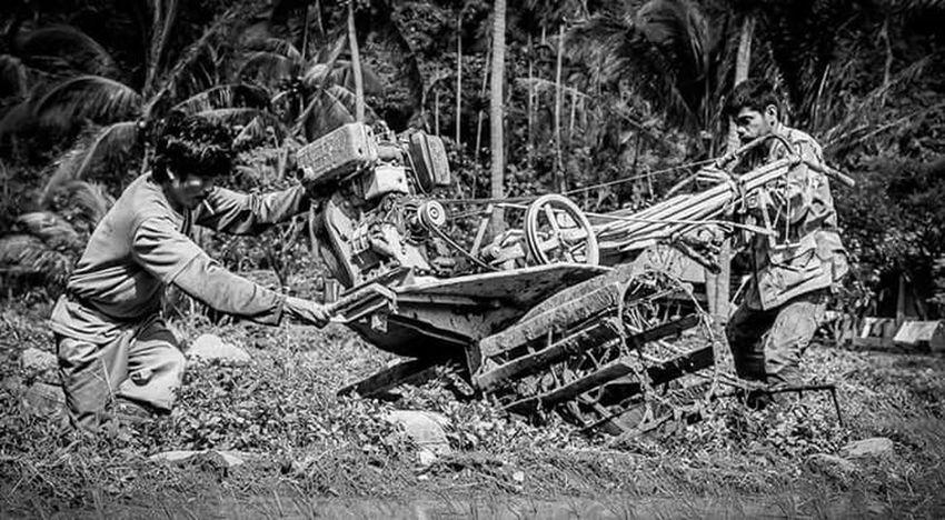 Hardwork More Fun In The Philippines  Ilocosnorte Kabigan Falls Blackandwhile Streetphotography
