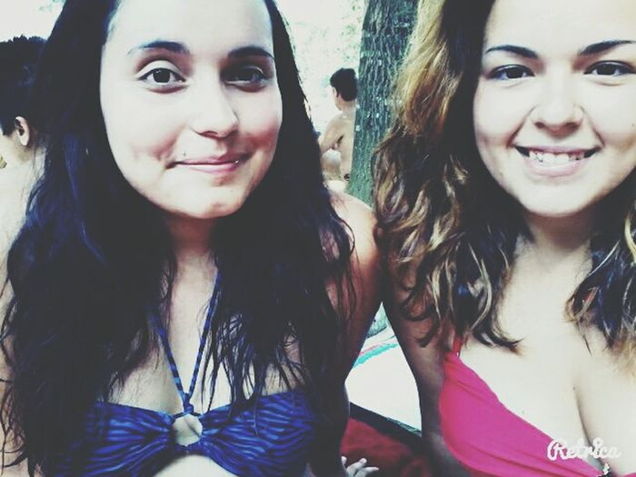 ·Pool party·