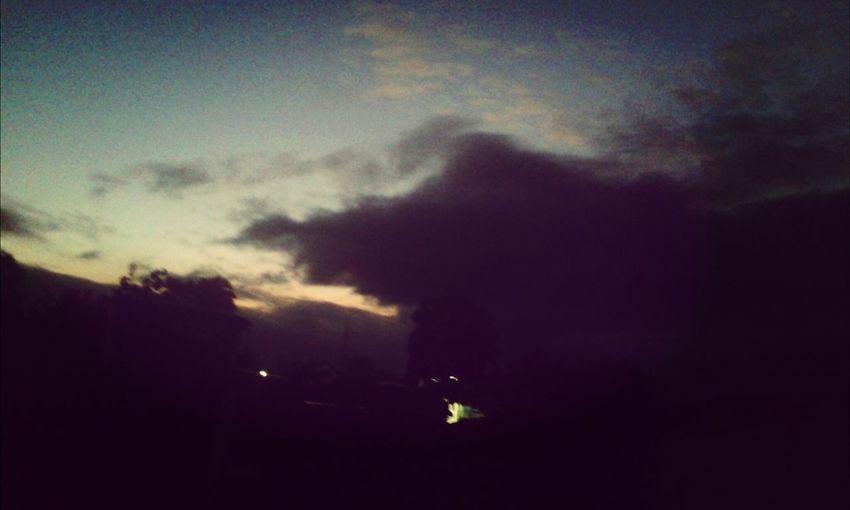 E a noite cai e o frio desce...
