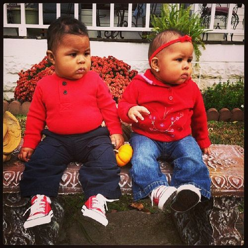 My little one grown up to fast Twinsboyandgirl Meraztwins Love Cute converse