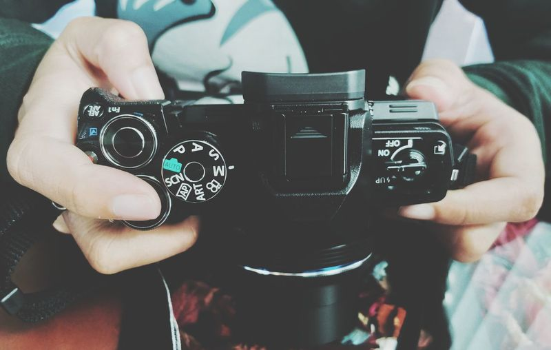 camera Human Hand Photography Themes Technology Camera - Photographic Equipment Photographing Men Holding Arts Culture And Entertainment Close-up Analog Typewriter Gramophone Record Player Needle Record Club Dj Turntable Audio Equipment Vintage Camera Film SLR Camera Digital Single-lens Reflex Camera Movie Camera Photographer Digital Camera Rotary Phone Film Reel Camera