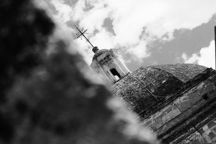 Blackandwhite Photography Cloud - Sky Sky Focus On Foreground Low Angle View Architecture Design Oaxaca México