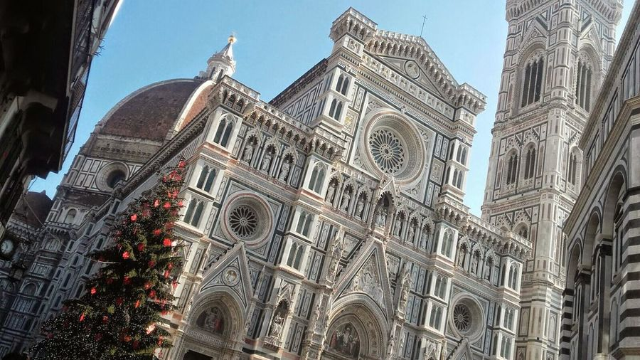 Church Church Architecture Cathedral Church Buildings Church Tower Religious Place Outdoor Photography Toscana In Tuscany Travel Photography Christmastime Christmas Tree In Florence Italy🇮🇹 Firenze Bella Italia The Architect - 2017 EyeEm Awards