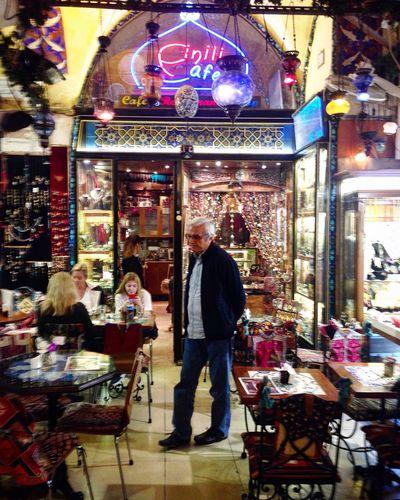 Kapalıçarşı sokaklarında... Architecture Gazonungözü Cafe İstanbul Remembrance History Lifestyles Istanbullife Tourism Beauty Nostalgia Historic Live