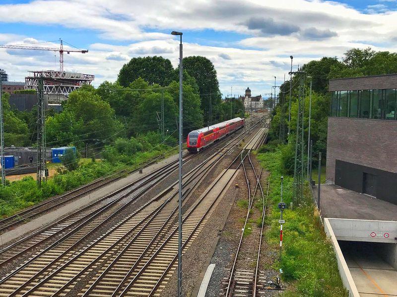 Bahn Zug Gleise Natur Train Nature City