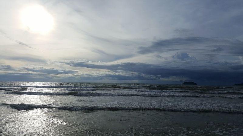 Sea Beach Horizon Over Water Beauty In Nature Nature Water Outdoors Scenics Sky Cloud - Sky Wave No People Sunset Day Sunlight Kota Kinabalu Sabah Borneo