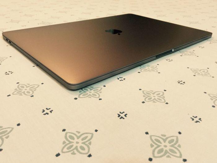 Apple Apple Inc. MacBook MacBook Pro Macbook Pro Buddy Macbook Fun MacBook Pro Space Grey Macbook Chilling! MacBook Pro Presentation Top Brand Macbook Roll  Professional