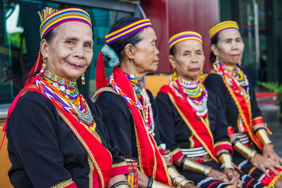 """The last four ring ladies or brass ladies of Bidayuh tribe in Sarawak Borneo. Once lived in a place called """"Cloud Village"""" before relocated to the Bengoh resettlement Scheme due to development. They called the ring ladies because they wear brass ring on their arm and leg. Bidayuh Tribe Ethnic Ethnic Pride Ethnicwear Ethnic Beauty Ethnic Costume Tradition Traditional Traditional Clothing Traditional Culture Traditional Costume Old Elderly Beauty Beutiful  Beautiful People City Friendship Young Women Men Festival Parade"""