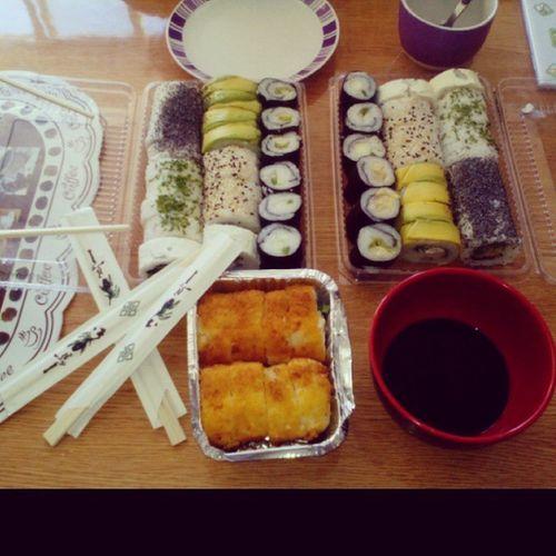 Esto es vida <3 ✌❤🍘🍙🍥🍣. Home Ussfriends Marce Camila friends sushi love happytime happy instahappy instaconce instadaily instabest instagood bless peace food