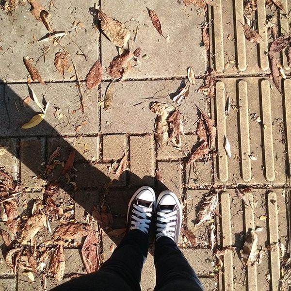 Amo caminar! Sinfiltro Caminando Street Calle Cali Colombia Dejandohuella ILove Converse TardeSoleada