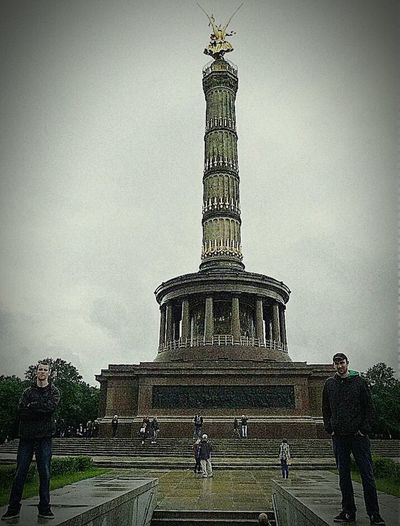 Trip Holiday in Berlin Weltstadt Mit Hertz Friend Sightseeing Beautiful Place Germany🇩🇪 Europe Loveparade Square Berliner Siegessäule  Tiergarten Victory Column