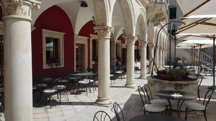 cafe Canon Croatia ❤ Hrvatska, Red And White Colour Your Horizn Architecture Chair Architectural Column No People Indoors  Built Structure Day