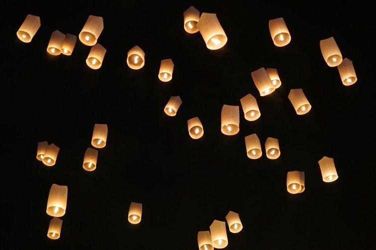 EyeEmNewHere Lantern Festival Lanterns Hope Lantern Buddhism