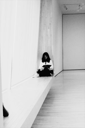 Indoors  Architecture Makemoreportraits Blackandwhite City Afternoon Reading Public Blackandwhitephotography One Person Indoors  Sitting People Leisure Activity Full Length One Woman Only One Young Woman Only Day The Graphic City