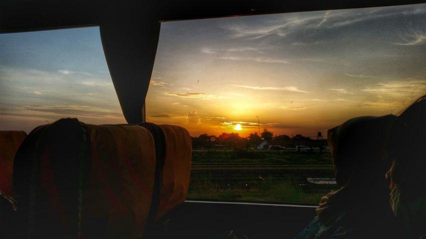 D +01 Singapore > Surabaya > Malang On The Road The Explorer - 2014 EyeEm Awards Sun_collection Sky_collection