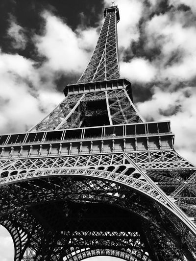 Architecture Built Structure Travel Destinations Tower Effiel Tower Sky Blackandwhite IPhoneography Landmark Monochrome Travel Photography