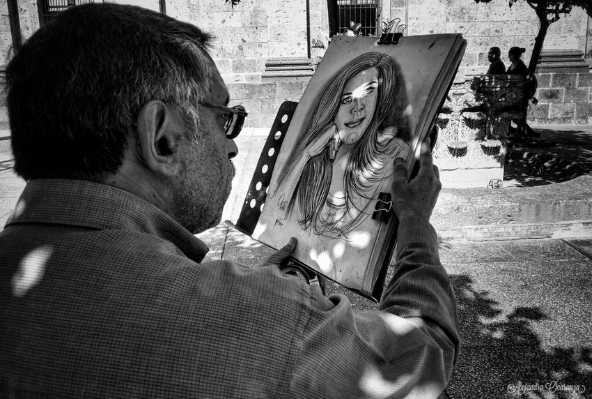 Foto 03, Proyecto fotográfico 100 extraños, Pintando el Alma Art Urban Blsckandwhite B&w Young Adult Social Urban Guadalajara Guadalajara Jalisco Friends Photography Photo Photographer Photos Photographie  First Eyeem Photo Mexico