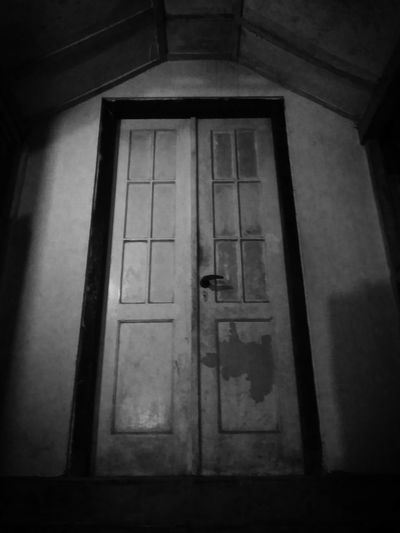 Creepy Art Artphotography Old Door EyeEm Indonesia Indonesia_photography Taking Photos Home Sweet Home Showcase: November Architecture_collection Black And White Photography