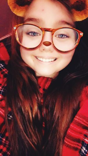 Why am I so in love with this snapchat filter🤔🙄👻 Blanket Filters Are Fun Snapchat Filters One Person Real People Young Adult Young Women