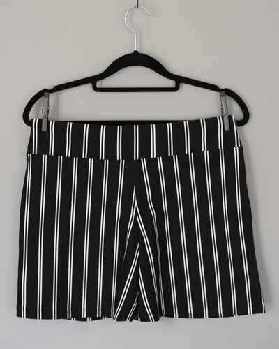 Coathanger Hanging No People Indoors  White Background Studio Shot Close-up Wall - Building Feature Metal Rack Striped Pattern Still Life Clothing Clothes Rack White Color Cut Out Single Object Black Color Absence Coat Hook