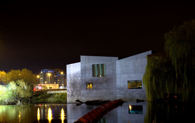 The Hepworth Wakefield Architecture Building City Life Cityscape Cityscapes Illuminated Modern Night Night Lights Night View Nightlife Nightphotography Riverside Water Reflections Long Exposure EyeEm Best Shots Eyeemlongexposure Photography