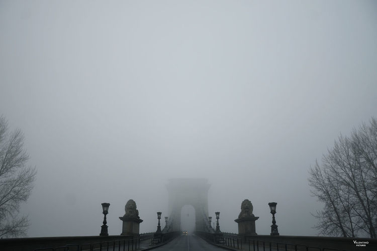#budapest #ChainBridge #cityscapes #foggy #mistery #mistymorning #sunset #sun #clouds #skylovers #sky #nature #beautifulinnature #naturalbeauty #photography #landscape Architecture Built Structure Day Fog Nature No People Outdoors Sky