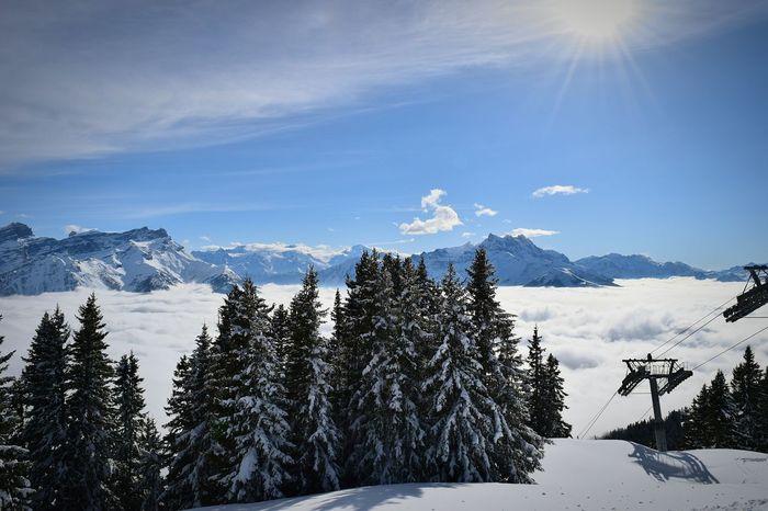 Départ du Roc d'Orsay, Villars-sur-Ollon... Surlespistes Audessusdesnuages Audessusdetout Sun Clouds And Sky Taking Photos Mountains Enjoying Life Snow Imhappy