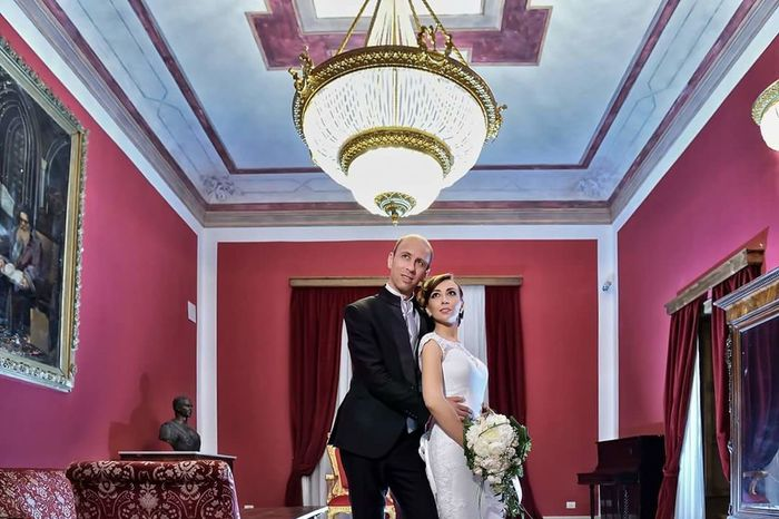 Standing Wealth Adults Only Tradition Celebration Adult Indoors  AWARD Luxury People Millionnaire Two People Men Day Well-dressed Wedding Dress Bride King - Royal Person Bridegroom Only Men