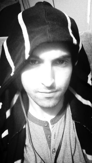 Hi World ! Oh Yeah That Me  Black And White Selfie ✌