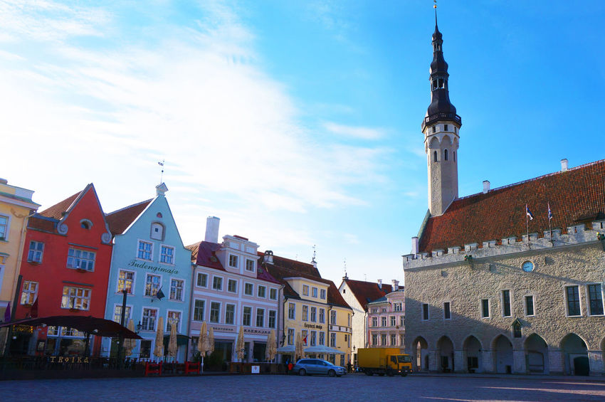 2014 Architecture Building Exterior Built Structure City Clock Tower Cloud - Sky Eesti Eesti Vabariik Estonia Houses Raekoja Plats Sky Tower Town エストニア タリン ラエコヤ広場 広場 旧市庁舎広場