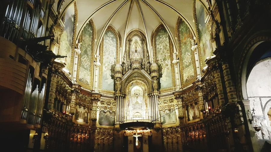 Religion Spirituality Indoors  Ceiling Low Angle View Place Of Worship No People Architecture And Art Architecture Religious Art Montserrat Montserrat Monastery Churchart Black Madonna