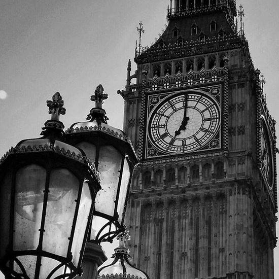 Bigben London Blackandwhite City