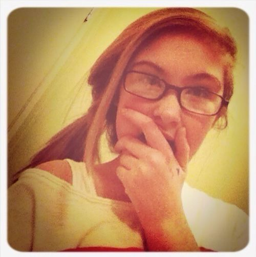 Hey! Your too cute to now who I am(; let's talk aye(;