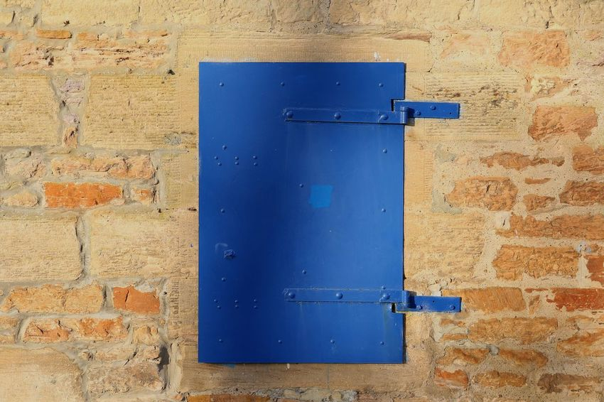Blue Hatch West Lothian Scotland Door Doors Blue Hatch Wall Wall - Building Feature Walls Locked