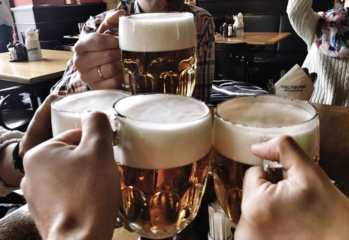 Drink Human Hand Food And Drink Human Body Part Beer Glass Beer - Alcohol Frothy Drink Alcohol Real People Drinking Glass Holding Refreshment Indoors  Table Beer Men Freshness Close-up Day One Person Cheers