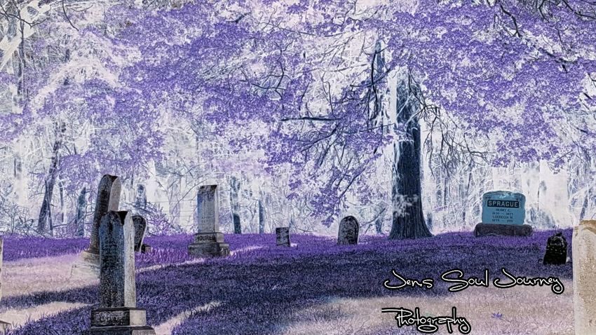 Artistic Photography Artistic Expression Artistic Photo Check This Out Thingsisee Check This Out! Notforgotten Negative Effect Cemeteryscape Cemeterybeauty Eccentric Eccentricity Cemetery Photography Cemetery_shots From My Point Of View Showcase April BestofEyeEm BestEyeemShots
