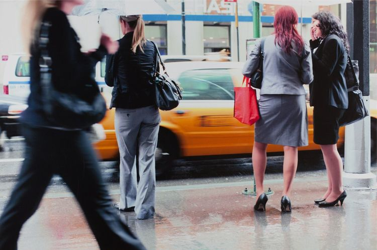 ©Sascha Jehde New York New York City New York ❤ Newyork Newyorkcity Newyorker Newyorkphotography Newyorkphoto NYC NYC Photography NYC Street NYC Street Photography Nycalive NYC LIFE ♥ Nycphotography NYCImpressions Nyclife Nycstreetphotography Nycphotographer Nycphotographers Nyc Photo Taxi Taxicab Walkthrough Businesswoman