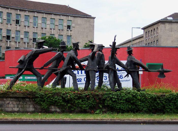 Aus Schwaben Die Sieben Schwaben Erzählungvon Ludwig Auerbacher Historic Outdoors Steht In Berlin Urban