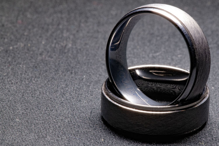 Metal Close-up No People Single Object Still Life Focus On Foreground Black Color Indoors  Ring Man Made Man Made Object Circle Silver Colored Jewelry Gray Equipment Geometric Shape Textured  Extreme Close-up Day Personal Accessory