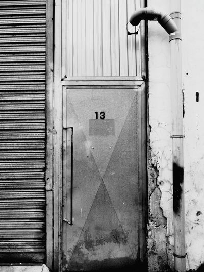 EyeEmBestPics EyeEm Best Shots Hello World EyeEm Gallery EyeEm Selects Trece Thirteen 13 Black & White Black And White Blackandwhite Photography Blackandwhite Mallorca EyeEmNewHere Puerta Fabric Door Architecture The Graphic City Metal Lock Closed Door Closed Locked The Architect - 2018 EyeEm Awards The Street Photographer - 2018 EyeEm Awards