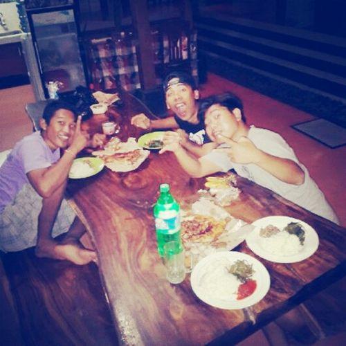 Food <3 with Freinds to Eating Fish havefun..bali sambal matah