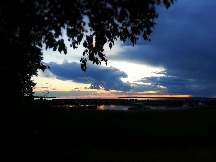 Sunset Lovers Beautiful Landscape Enjoying Nature Enjoying Life