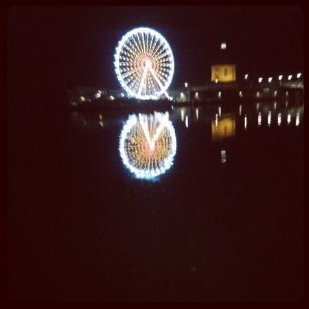 La photo qui tourne :) Summer Toulouse Summergirl  Instamoment picoftheday night lights photographie love alive