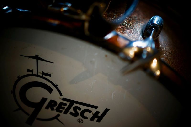 Musical Instrument A7ii + Zeiss 55 F1.8 Gretsch Vintage Drums Gretch Round Badge Close-up Indoors  No People