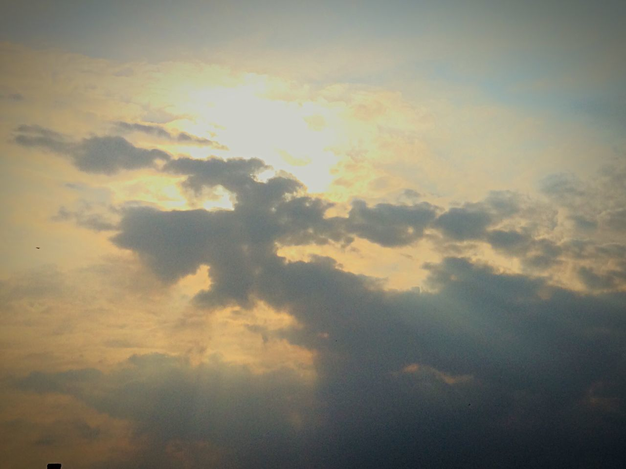 nature, beauty in nature, cloud - sky, backgrounds, sky, scenics, majestic, atmospheric mood, tranquility, sky only, no people, cloudscape, low angle view, tranquil scene, outdoors, full frame, awe, sunset, day
