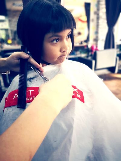 Bob Haircut Hairstyle Haircut Hair Dressing Cutting Salon City Portrait Human Hand Child Red Close-up Hair Length Cutting Hair Hair Salon