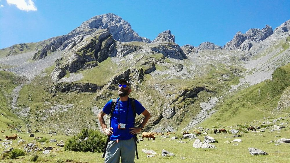 Peña Ubiña Enjoying Life Relaxing Nature Asturias Enjoying The Sun Ubiñas Paraisonatural Taking Photos Nature Photography