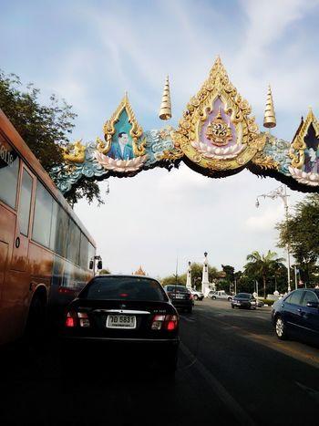 The Road so beautiful in Bangkok Hello World Enjoying Life