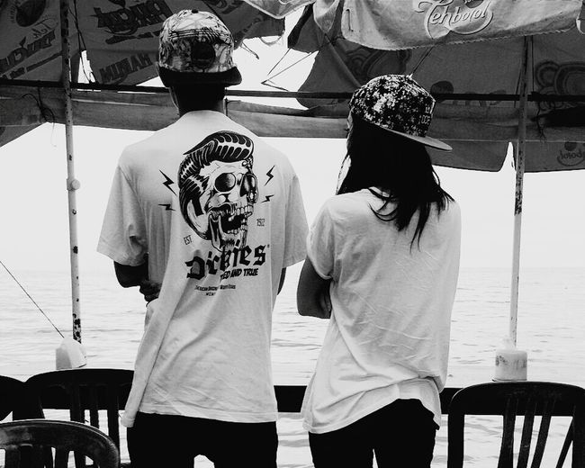 My homie Friends Snapback Beach Black & White Boyandgirl Sea DOPE