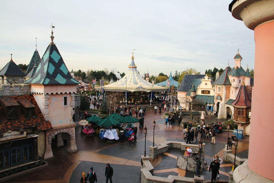 Disney Disney Land Disneylandparis Disneyland Paris Disneyparis Disneyland Carousel Beautiful Carousel Carousels DisneyMagic